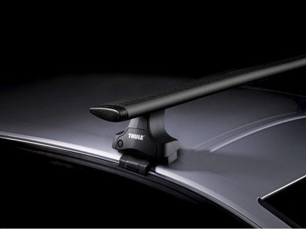 Komplet Thule krovni nosač sa aluminijskom crnom šipkom WingBar za normalan/prazan krov 754 1