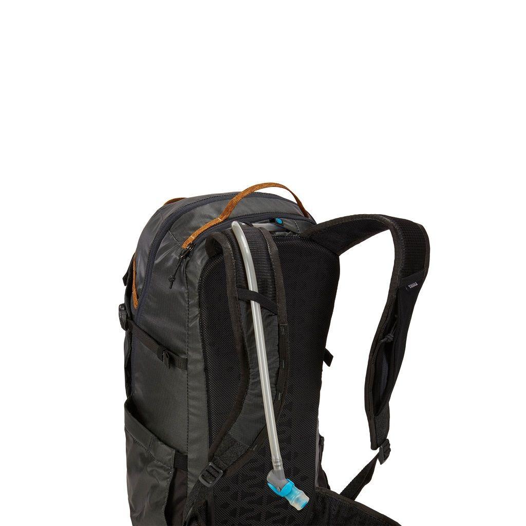 Thule Stir 25L crni ženski planinarski ruksak
