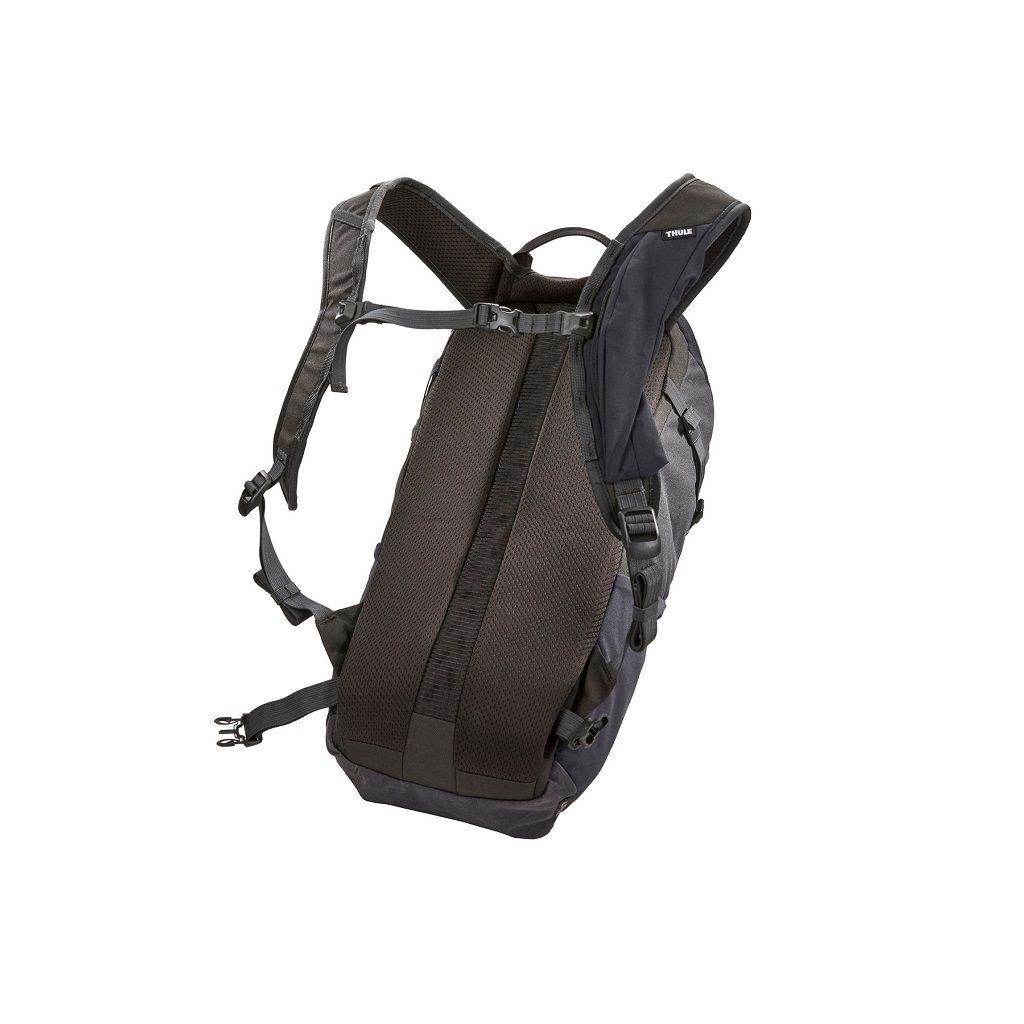 Thule AllTrail X 15L crni planinarski ruksak