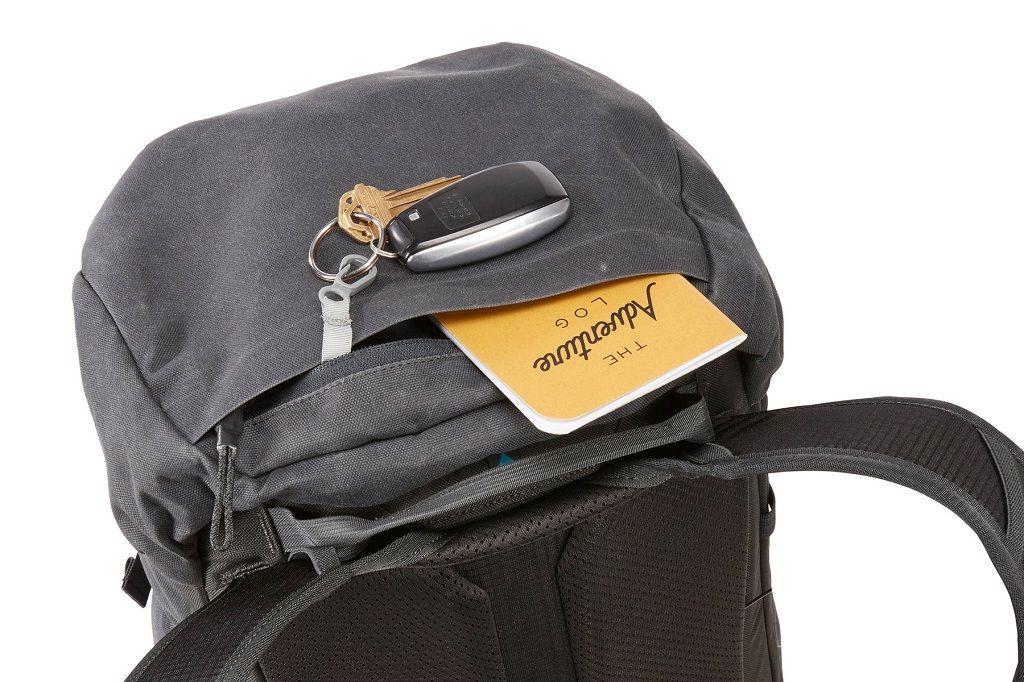 Thule AllTrail X 25L crni planinarski ruksak