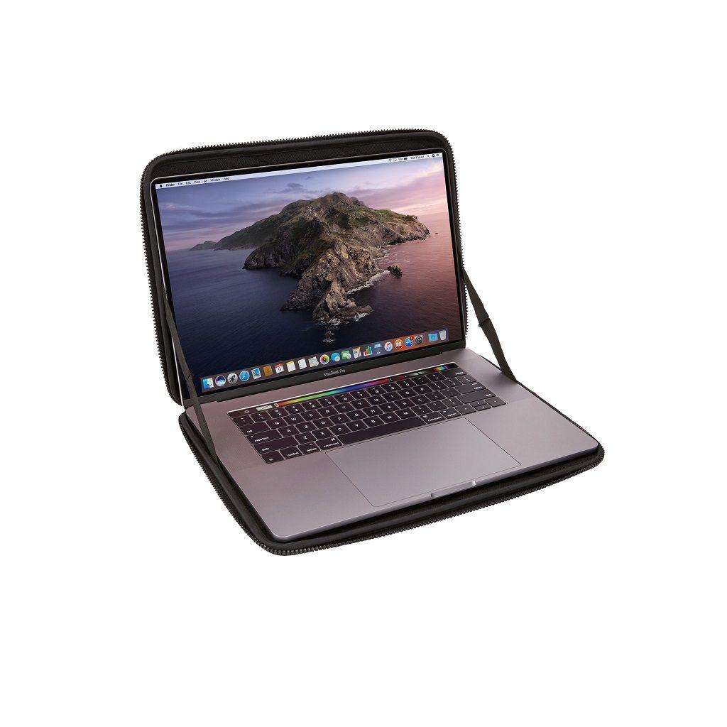 Thule Gauntlet MacBook Pro® Sleeve 16