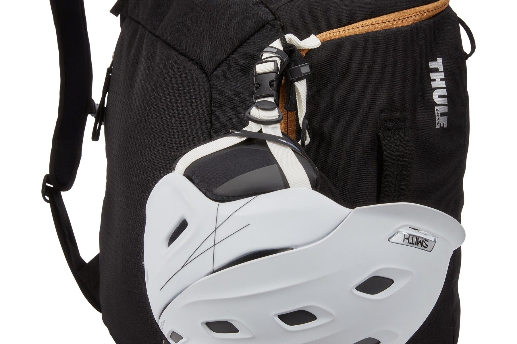Thule RoundTrip Boot Backpack 45L torba za pancerice crna